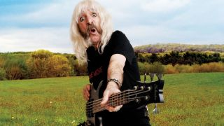 Big on Smalls - in-depth with the Spinal Tap bass legend