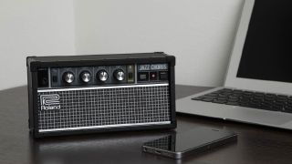 Roland JC-01: classic amp design meets wireless audio.