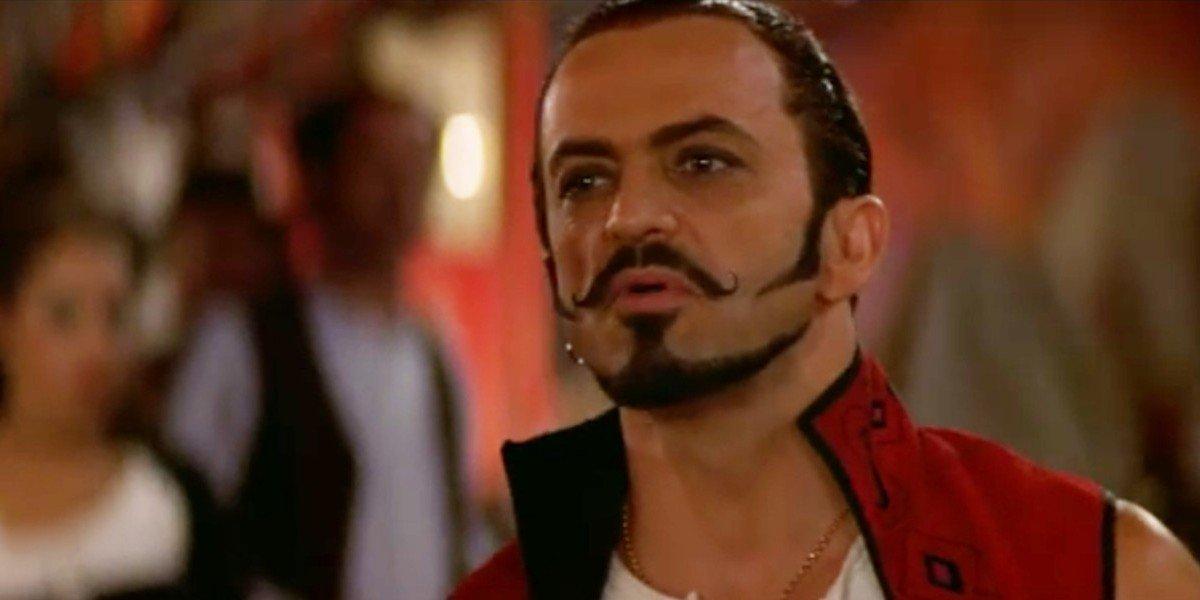 Jacek Koman in Moulin Rouge