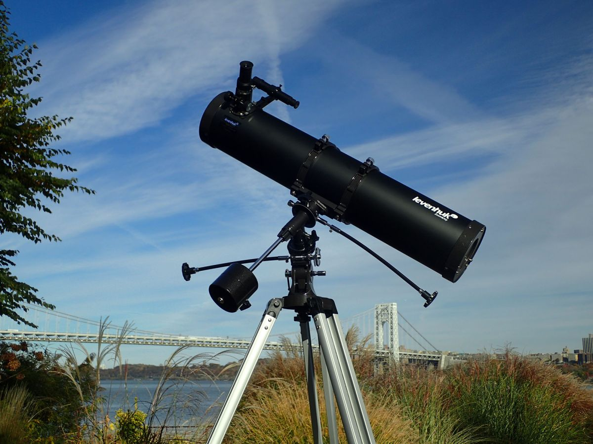 Best Inexpensive Telescopes (a Great Gift Idea): 2019 Guide