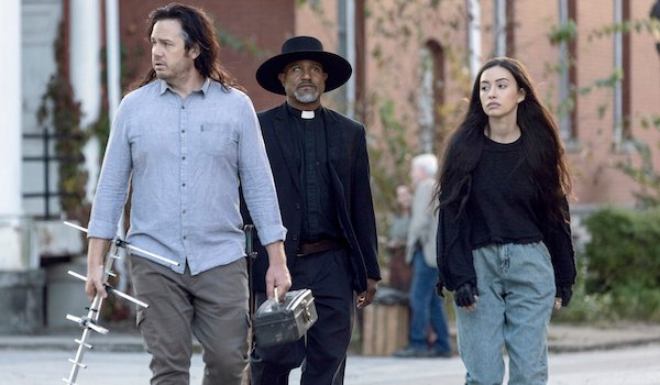 the walking dead eugene, rosita and gabriel at the fair