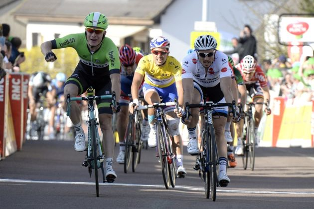Moreno Hofland wins stage two of the 2014 Paris-Nice