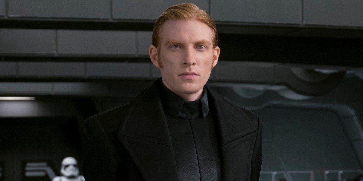 General Hux (Domhnall Gleeson) looks on in Star Wars: The Last Jedi (2017)