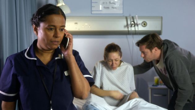 Rhiannon goes into labour episode doctors what 39 s on tv for What goes into 42