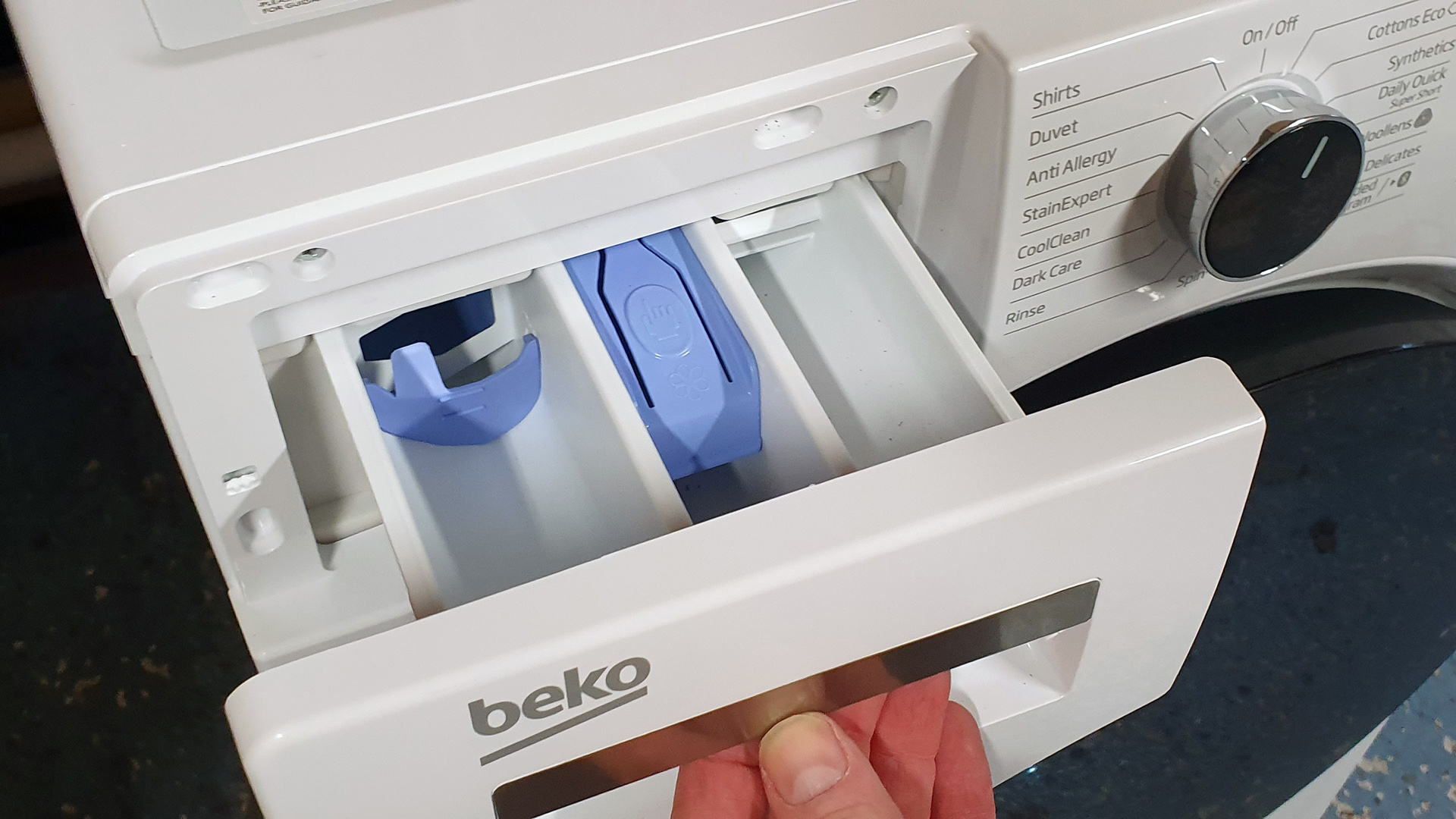 Beko AquaTech WY940P44EW