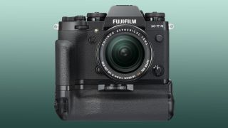 Fujifilm X-T4 shipping delayed until May – and might have a price increase
