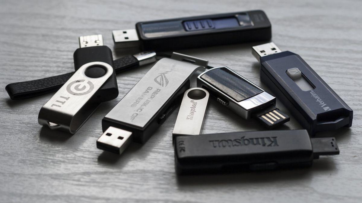 6ef4a5cf658 Best USB flash drives of 2019
