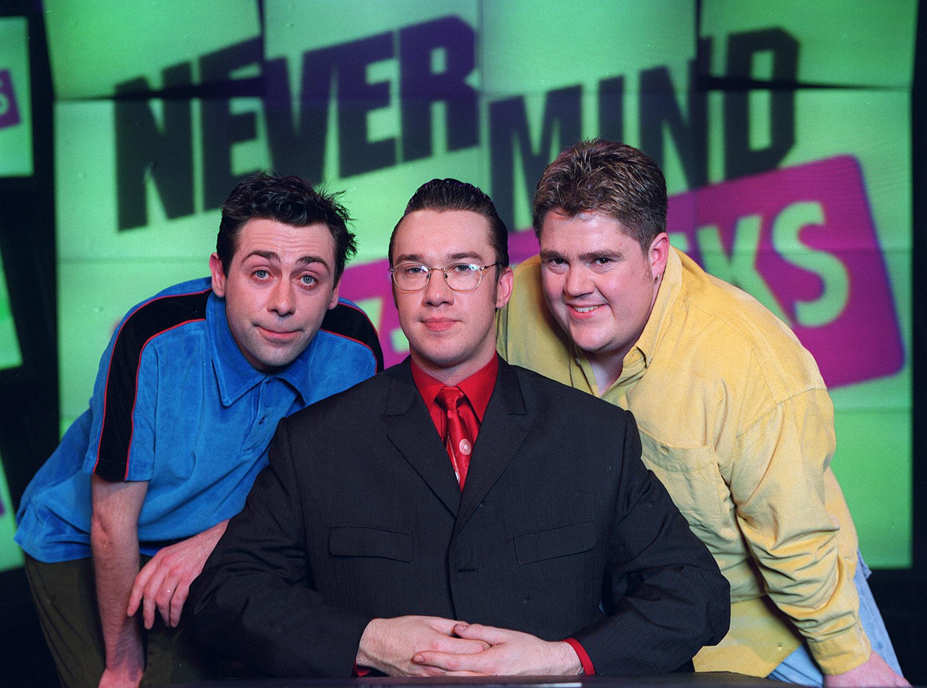 El anterior equipo de Never Mind The Buzzcocks para el programa de la BBC.
