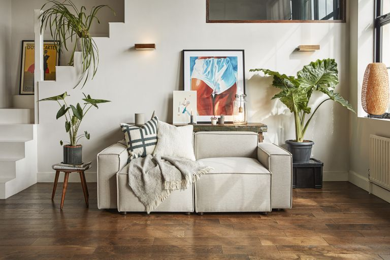 Cleaning a couch: Pumice linen sofa by Swyft
