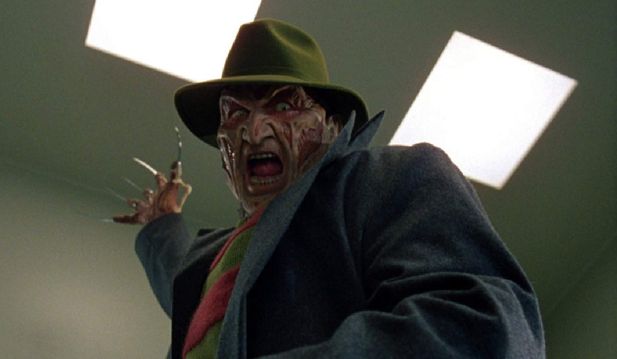 Wes Craven's New Nightmare Freddy Kruger goes for the kill
