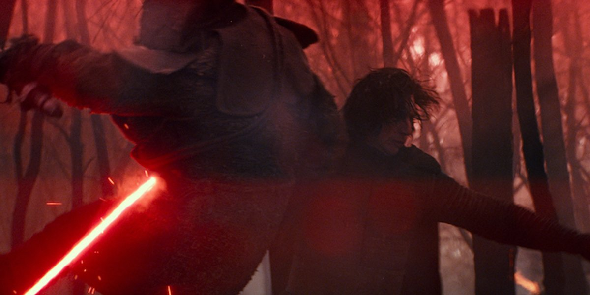 Kylo bodying some poor fool in Star Wars: The Rise of Skywalker