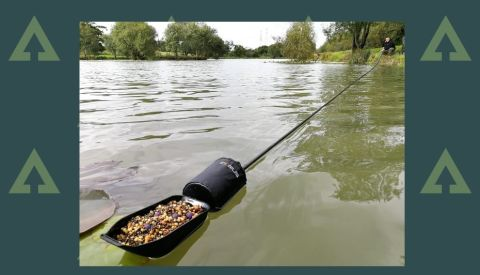 Corus 18 m Long Reach Baiting Pole, Float and Spoon