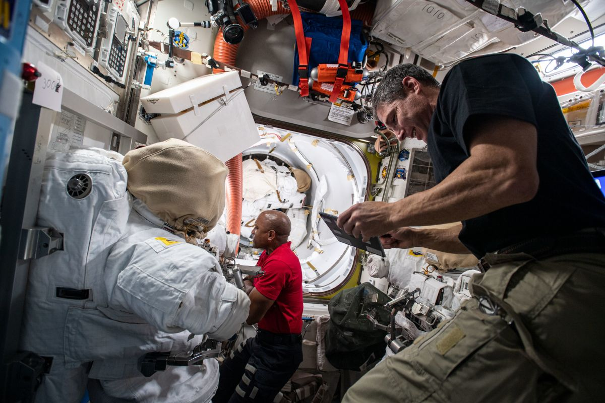 Astronauts are taking a spacewalk at this time to improve an area station science module. Watch it dwell!