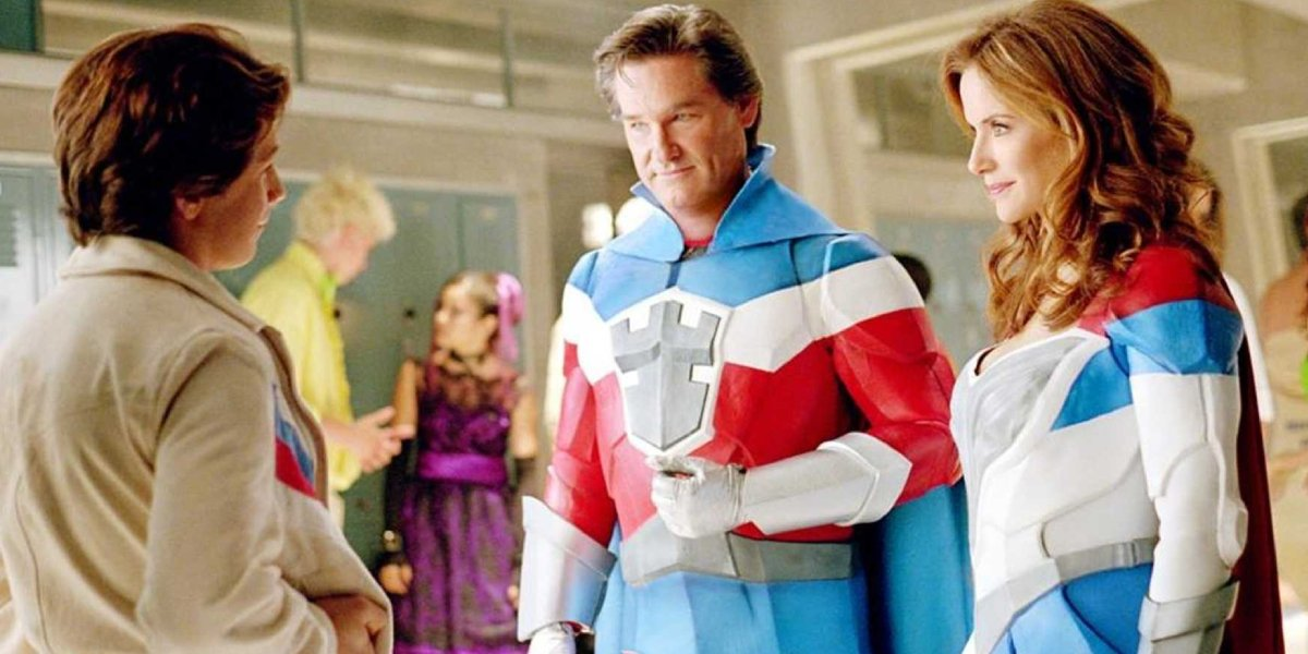 Michael Angarano, Kurt Russell, and Kelly Preston in Sky High