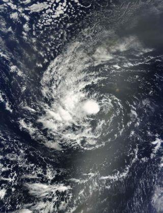 tropical-storm-igor-100910-02