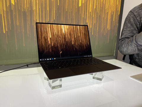 Dell XPS 13 2020 display