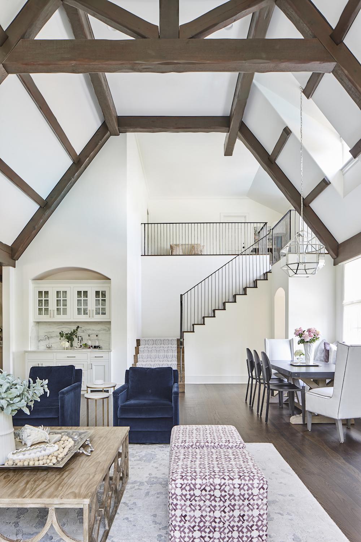 Dream House With Elegant Interiors