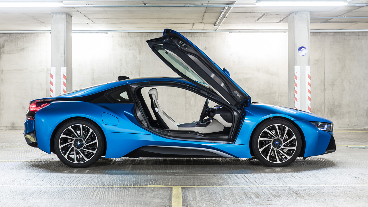Bmw I8 The Incredible High Tech Supercar That Changes Everything