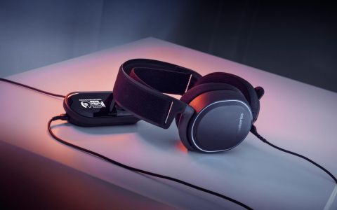 SteelSeries Arctis Pro + GameDAC Review: Audiophile-Grade Gaming