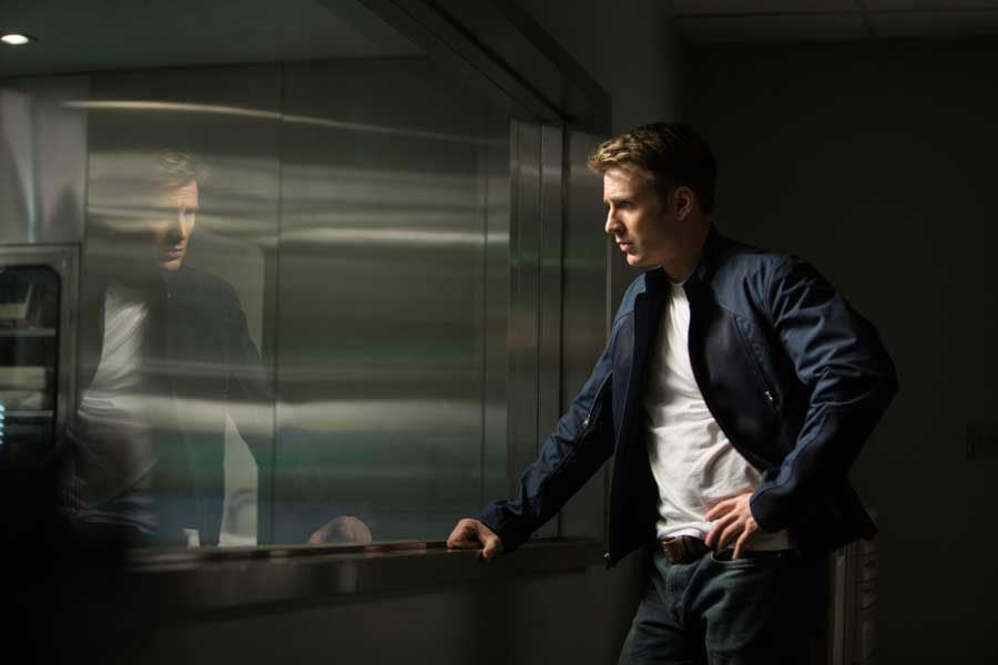 Chris Evans Talks Turning Up The Power On Captain America: 'This Has To Be More Than Bourne' #7876