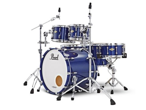 The Masters Premium Legend Kit features huge bass drum claws, telescopic spurs and Pearl's chunky Opti-Mounts.