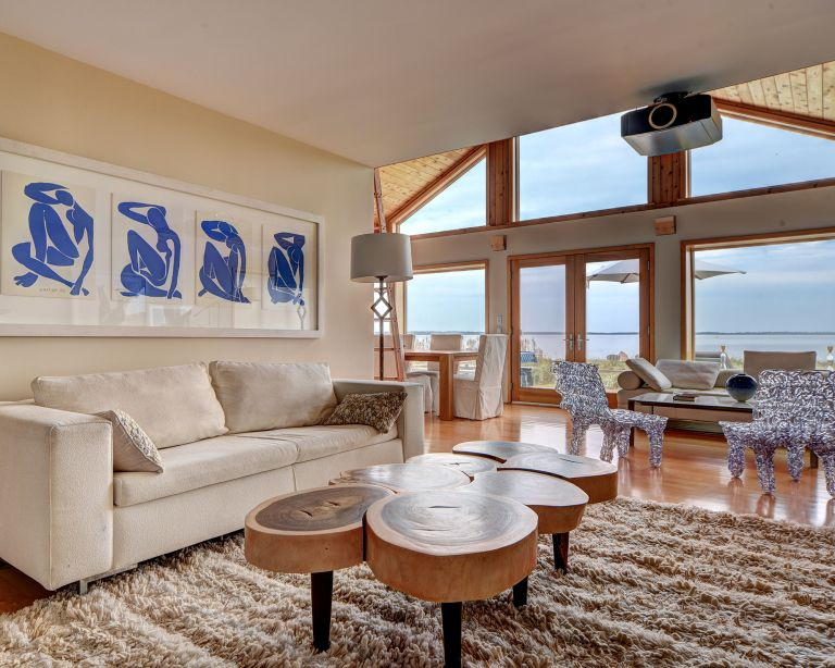 Kim Cattrall Hamptons house