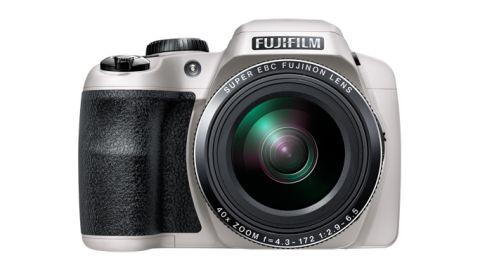 Fuji S8200 review