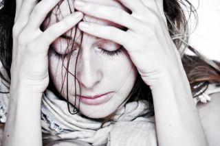 women-worry-101217-02