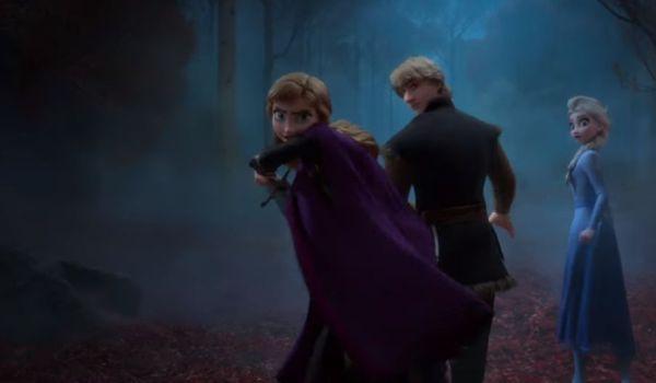 Anna Frozen II with sword
