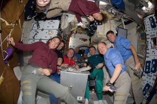 Shuttle Astronauts Prepare for Sunday Landing