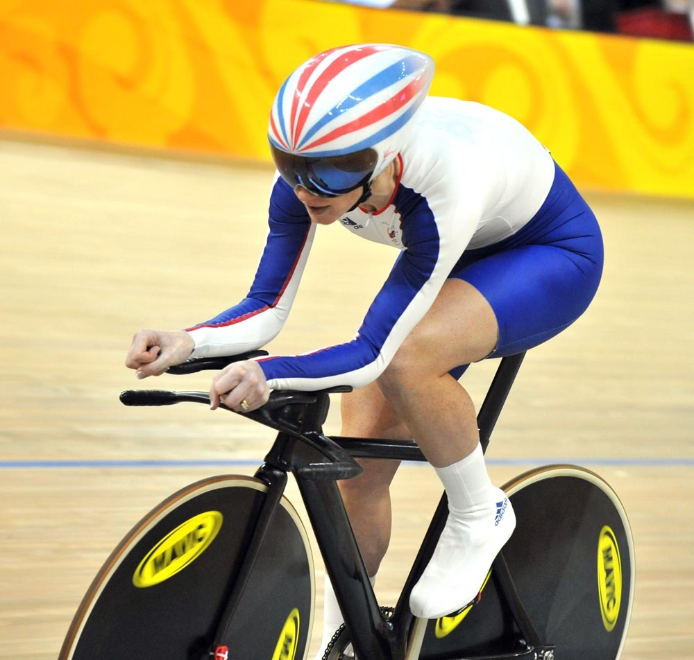 Wendy Houvenaghel qualifying Women's individual pursuit 2008