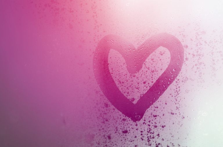 Sex in the shower: pink heart