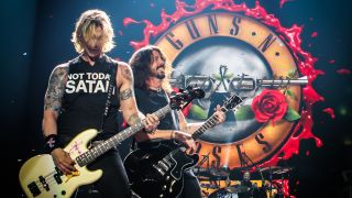 Duff McKagan and Dave Grohl onstage in Tulsa