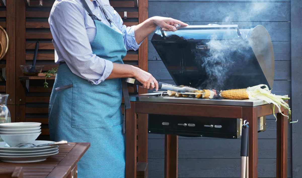 This Ikea barbecue lets you build an outdoor kitchen