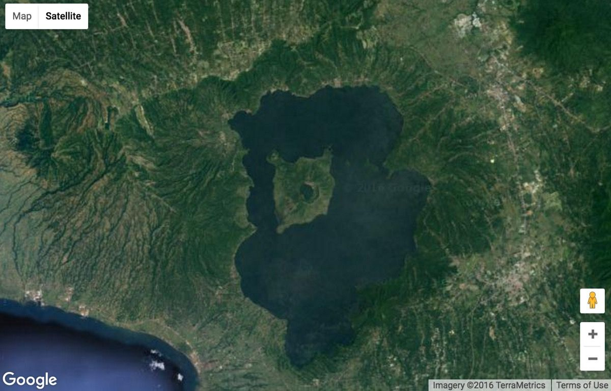 25 Strangest Sights on Google Earth | Live Science on google car sightings, chinese dragon sightings, street view sightings, international space station sightings,