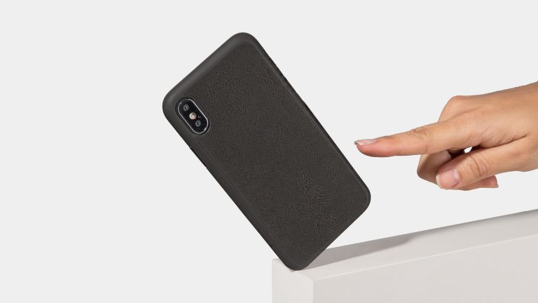 totallee iPhone XS case