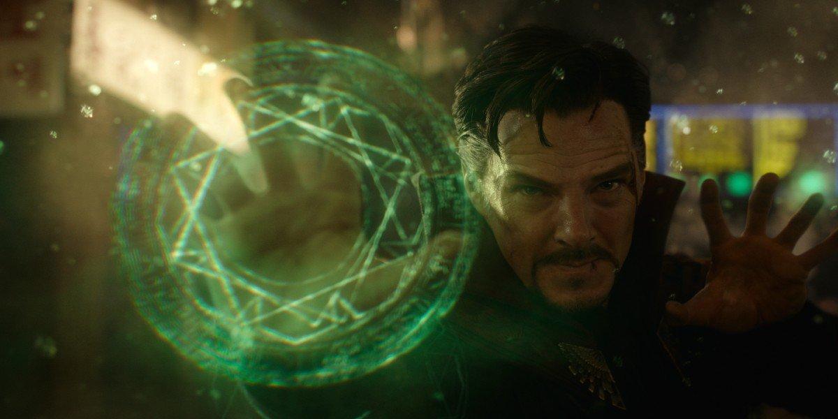 Doctor Strange fighting off dark forces
