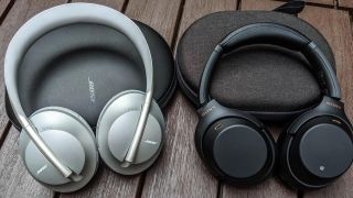 Sony WH-1000xM4 vs Bose 700