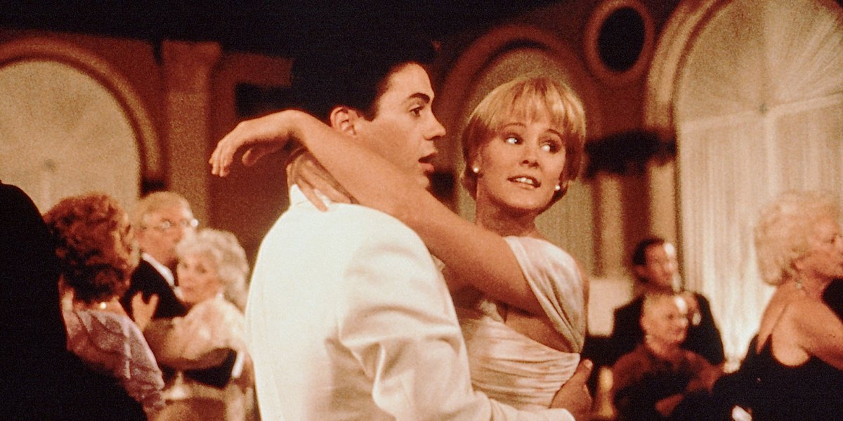 Robert Downey Jr. and Mary Stuart Masterson in Chances Are