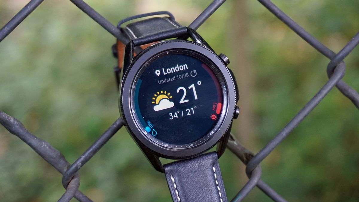 Samsung Galaxy Watch 4 Classic shown off again in leaked live images
