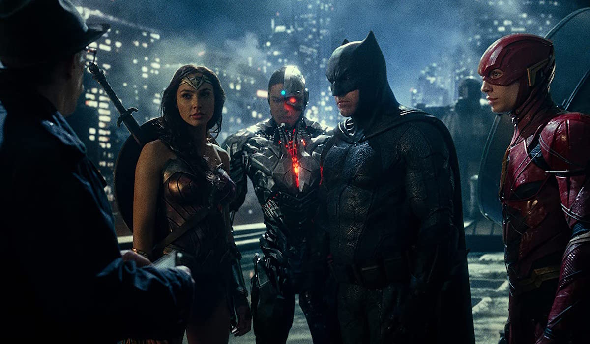 Justice League and Commissioner Gordon