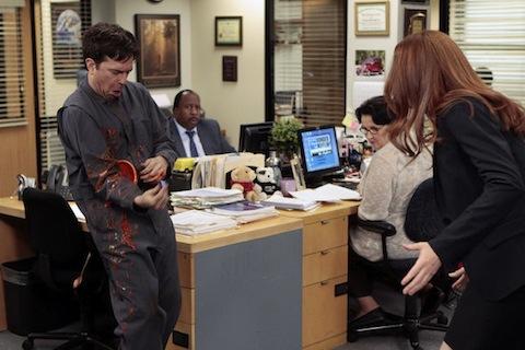 The office season 8 finale spoiler photos what is andy up to - The office season 9 finale ...