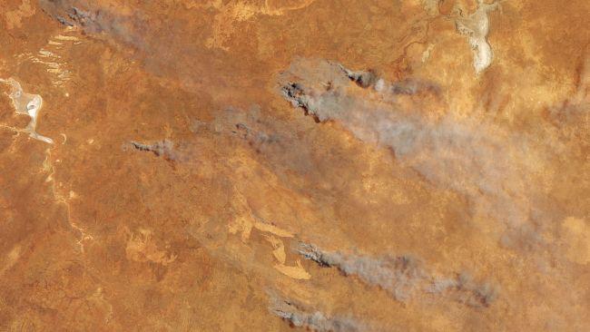 5 November 2019 terlihat api mulai bermunculan di Australia barat daya.