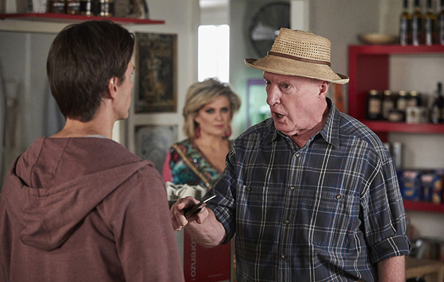 Alf plots to get Mick out of Summer Bay for good in Home and Away