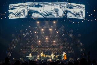 XL Video Supplies LED for Mumford & Sons Tour
