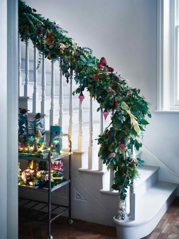 Festive hallway decorating ideas