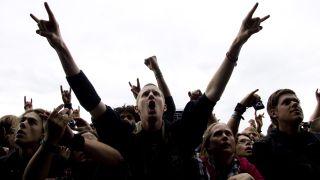 Metal fans