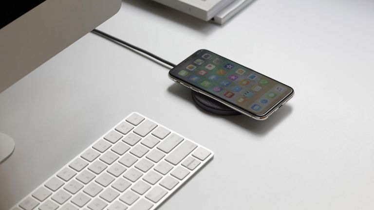 wireless charger on desktop an example of the best wireless chargers by hurn & hurn