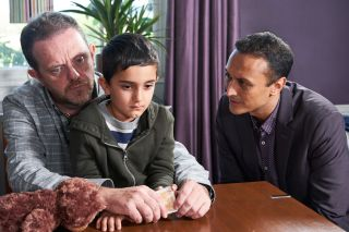 Jai tries to get close to his son in Emmerdale