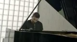 Lionel Messi piano
